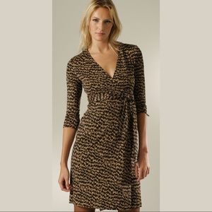 diane von furstenburg / pattern julian wrap dress